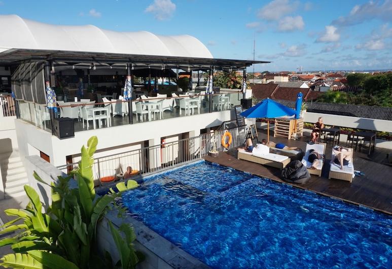 J4 Hotels Legian, Kuta, Quầy bar bên hồ bơi