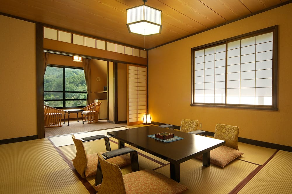Standard Japanese-Style Room - Mountain View