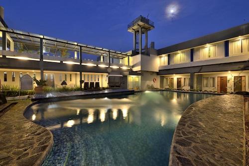 โรงแรมดาฟาม