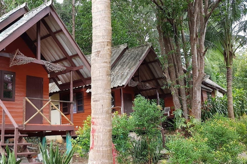 Budget Minded Bungalows - Fachada del hotel