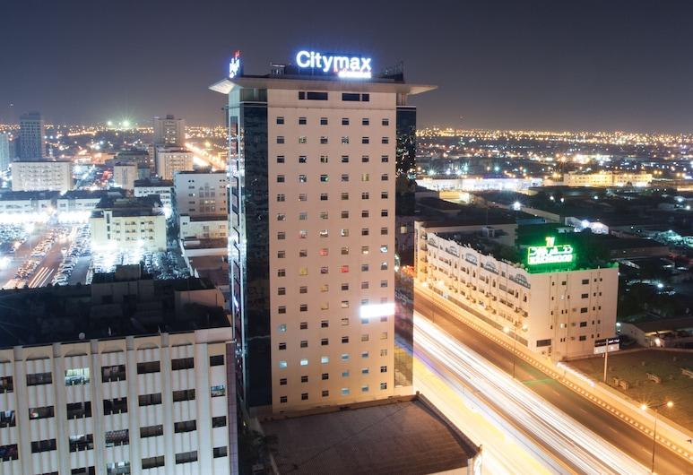 فندق سيتي ماكس الشارقة, الشارقة, واجهة الفندق - مساءً /ليلا