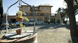 Book this Free Breakfast Hotel in Chiusi