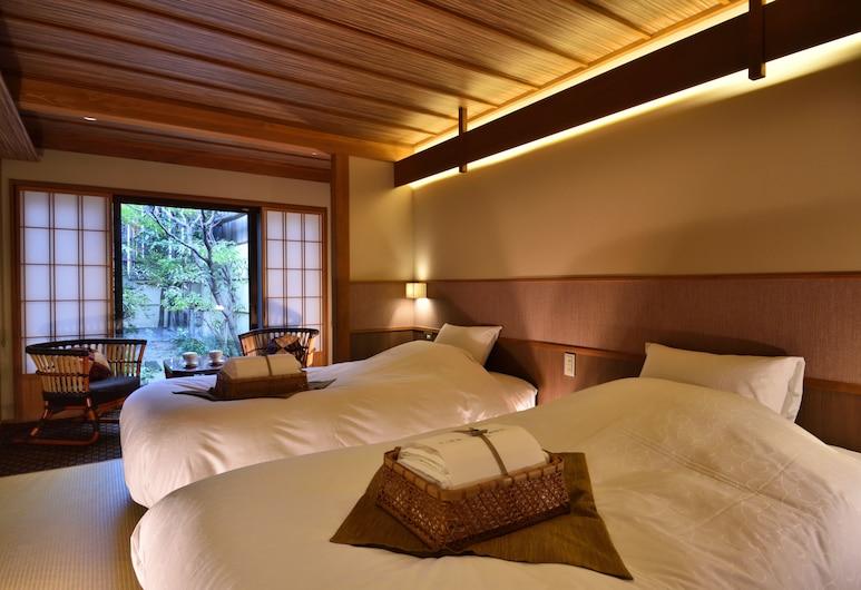 京小宿八坂湯都日式旅館, Kyoto, 豪華雙床房, 2 張單人床 (Kurumi, Special Dinner Plan), 客房