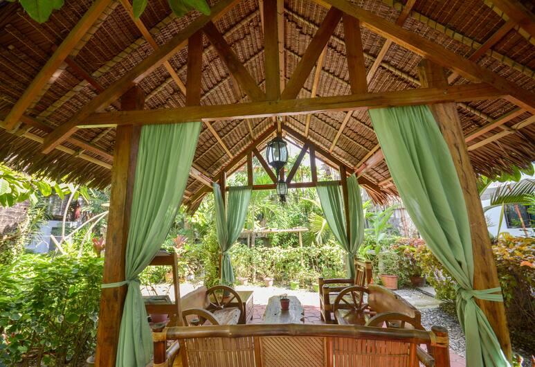 Secret Garden Resort, Boracay Island, Kültéri étkezés