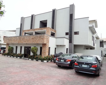 Picture of S&S Hotels and Suites in Lagos