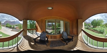 Picture of Driftwood Lodge in Springdale