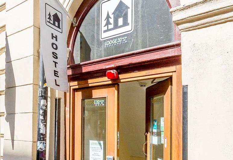 Lodge32 - Hostel, Stockholm, Hotel Front