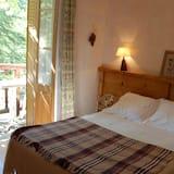 Room, Balcony - Balcony