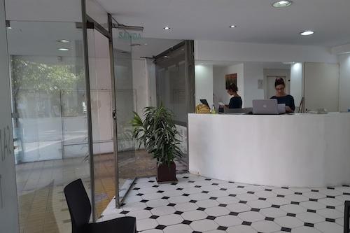 瑟斯安迪斯公寓飯店/