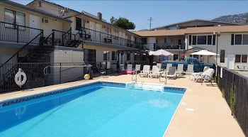 Picture of Lakeview Motel & Suites in Osoyoos