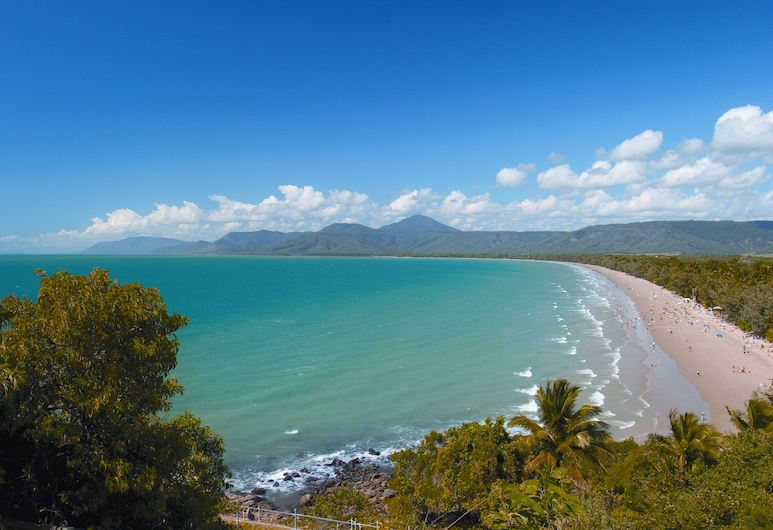 Reflections of Port Douglas, Port Douglas, Beach