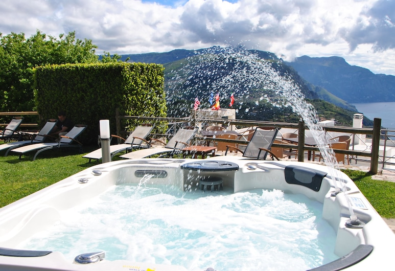 Villa La Ventana , Sant'Agnello, Utendørs spabad