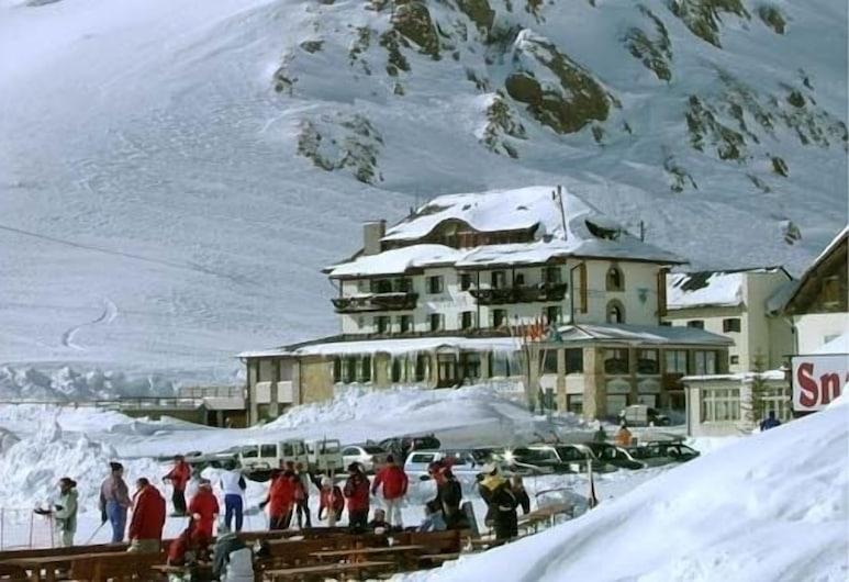 Hotel Savoia, Livinallongo del Col di Lana