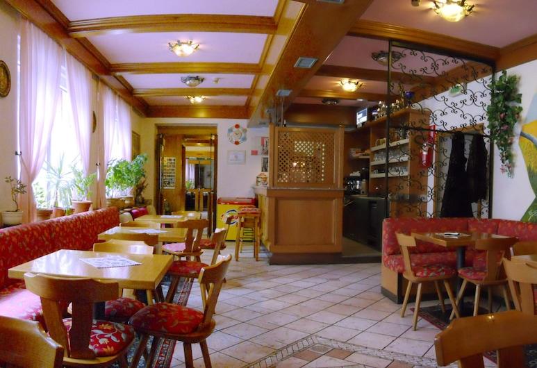 Hotel Villa Agomer, Canazei, Bar del hotel
