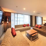Deluxe Suite Room - Non Smoking  (2 King Bed)- Annex - Extrabed is from 5th adult - Guest Room