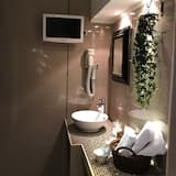 Family Room, Jetted Tub - Bathroom