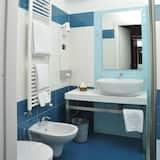 Kahden hengen huone, 2 yhden hengen sänkyä - Kylpyhuone