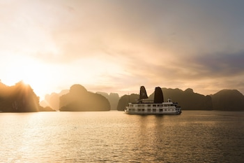 Picture of Halong Glory Legend Cruise in Halong