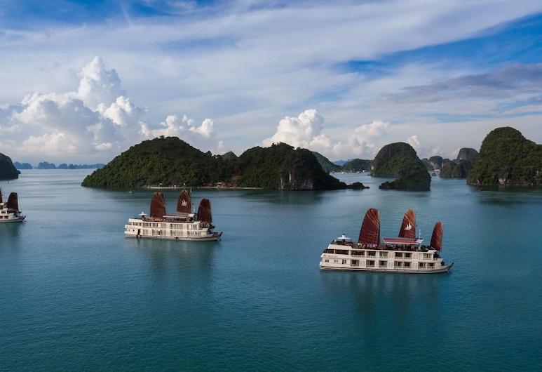 Halong Glory Legend Cruise, Ha Longas, Ežeras