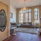 Apart Daire, 2 Yatak Odası, Kanal Manzaralı - Öne Çıkan Resim