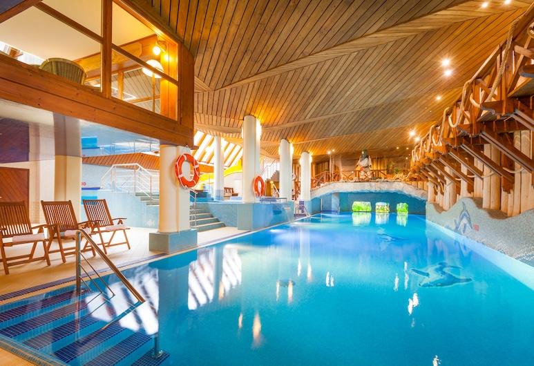 هوتل بلفيدير, زاكوباني, حمام سباحة