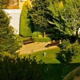 Θέα στον κήπο