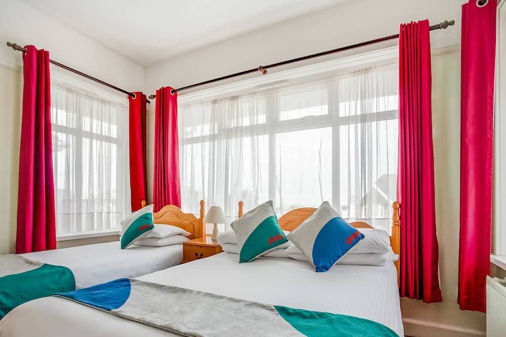 Trojlôžková izba typu Deluxe, viacero postelí - Hosťovská izba