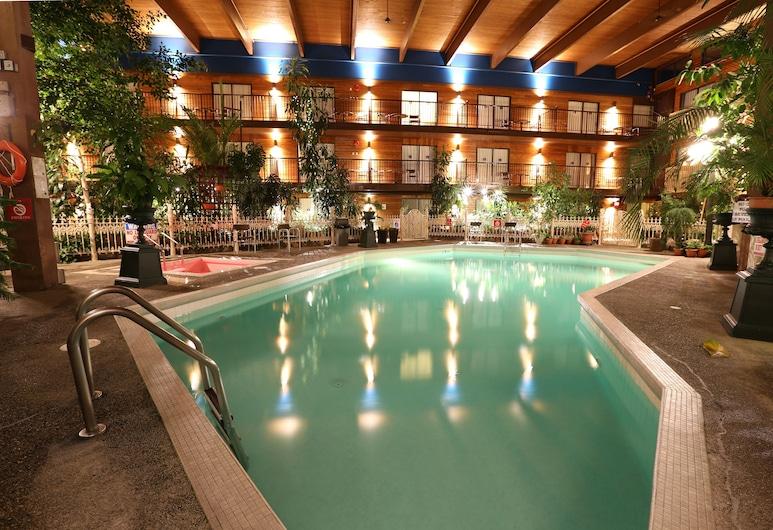 Prestige Vernon Lodge and Conference Centre, Vernon, Indoor Pool