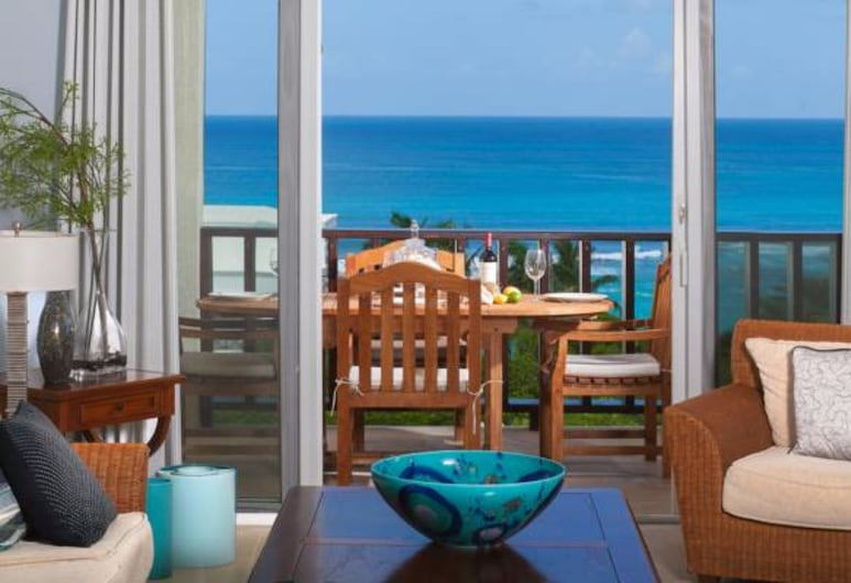 Fountain Anguilla, Shoal Bay, Penthouse, 1 Bedroom, Beach View, Living Room