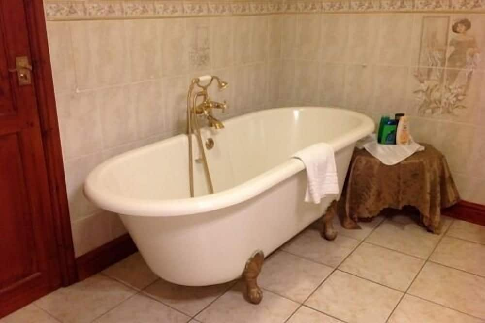 Δίκλινο Δωμάτιο (Double), Μπάνιο στο δωμάτιο (Hollyberry) - Μπάνιο