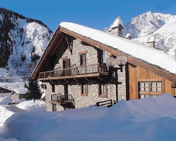 Picture of Hotel La Grange in Courmayeur