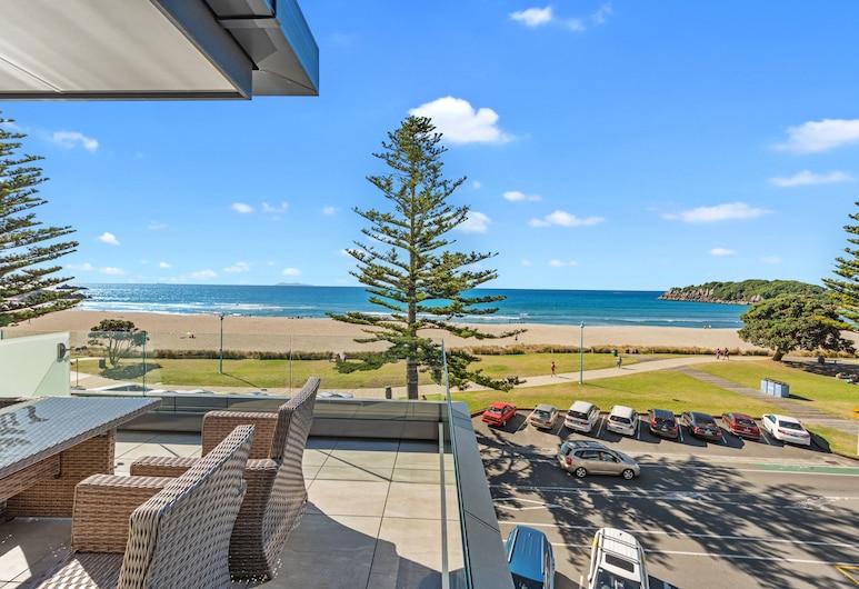 The Pavilions Beachfront Apartments, Маунт-Маунгануї, Пентхауз, 3 спальні, з видом на океан, Тераса/внутрішній дворик