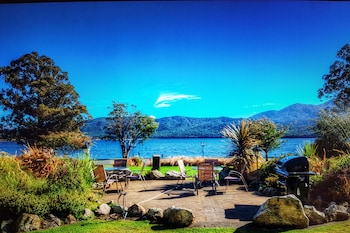 Picture of Fiordland Lakeview Motel and Apartments in Te Anau