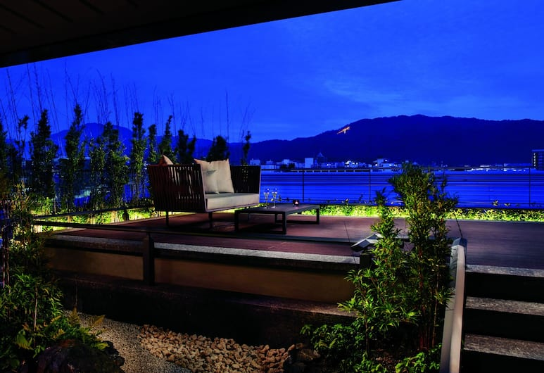The Ritz-Carlton, Kyoto, Kyoto, Suite, 1 Bedroom, Mountain View (TSUKIMI), Guest Room