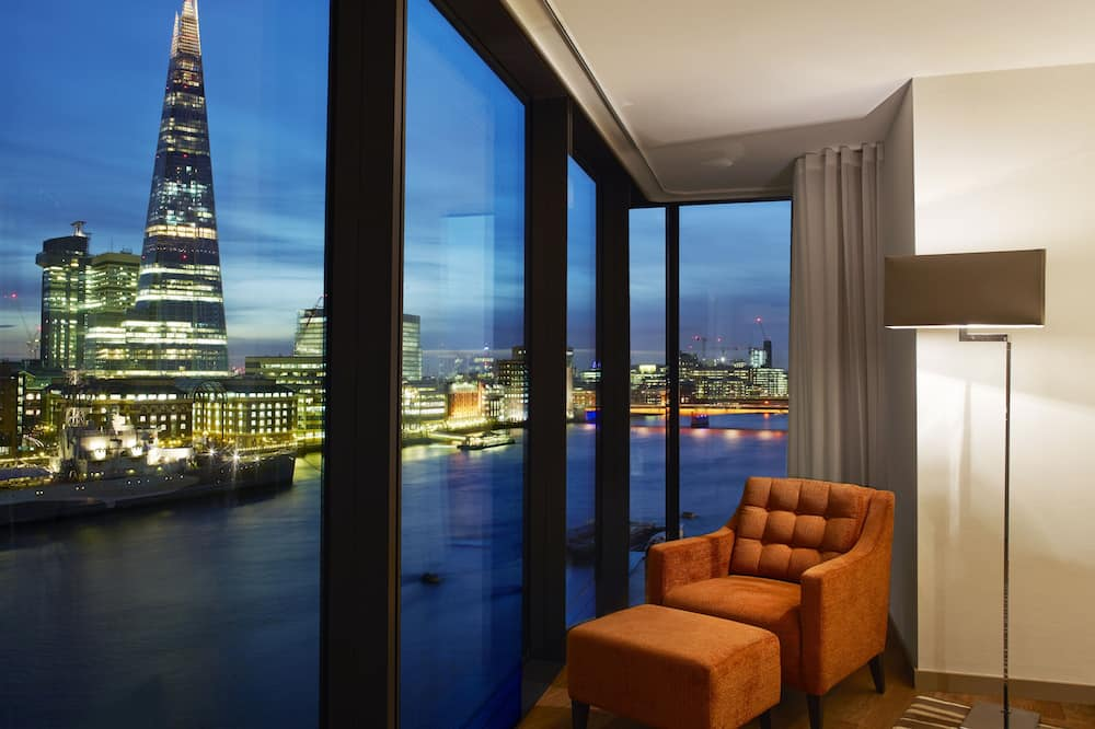 Luxury Apartment, 3 Bedrooms, Connecting Rooms - View from room
