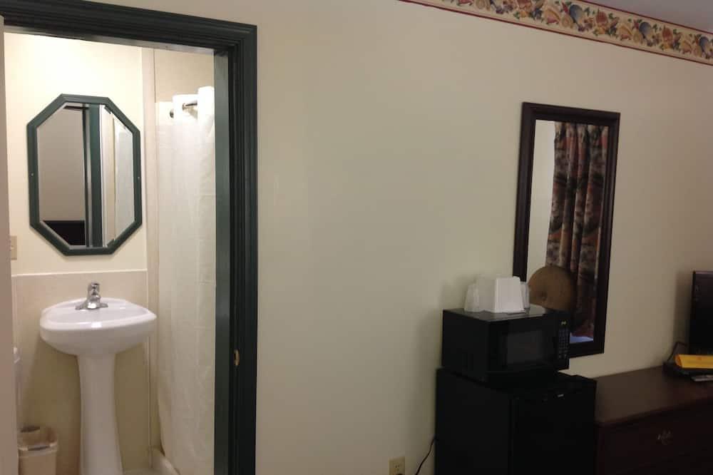 Zimmer, 1King-Bett, Nichtraucher - Badezimmer