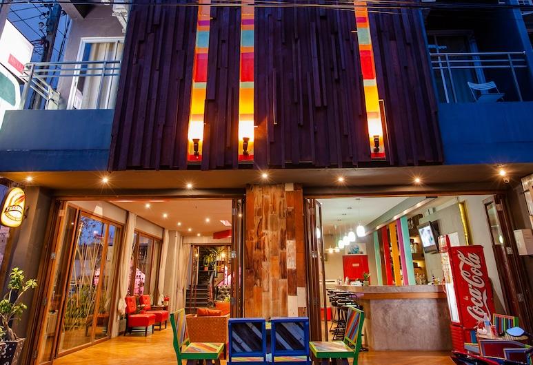 OYO 292 The Oddy Hip Hotel, Patong, Fachada do Hotel