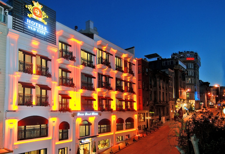 Dosso Dossi Hotels Old City, Istanbul, Hotellets front – kveld/natt