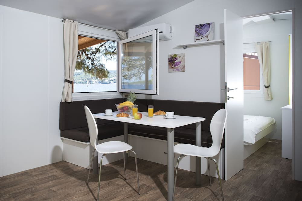 Superior Mobile Home, 2 Bedrooms, Terrace - Living Area