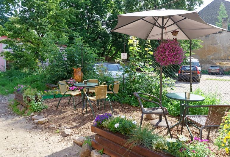 騎士庭院民宿, 里加, 花園