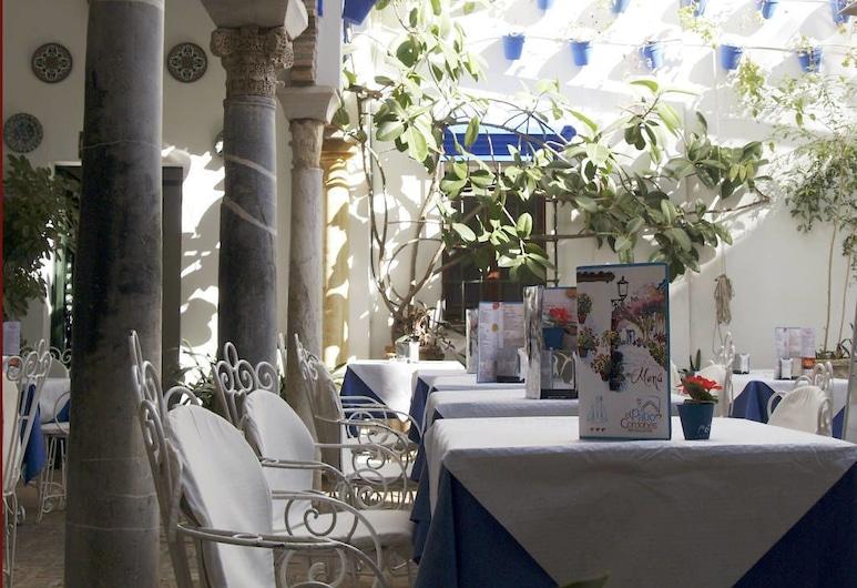 Hotel González, Córdoba, ארוחה בחוץ
