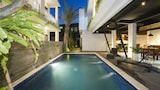 Choose This Cheap Hotel in Legian