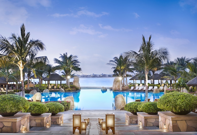 Sofitel Dubai The Palm Luxury Apartments, Dubai, Outdoor Pool