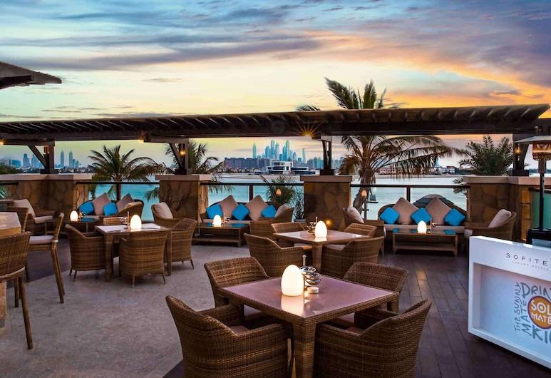 Sofitel Dubai The Palm Luxury Apartments, Dubai, Bár
