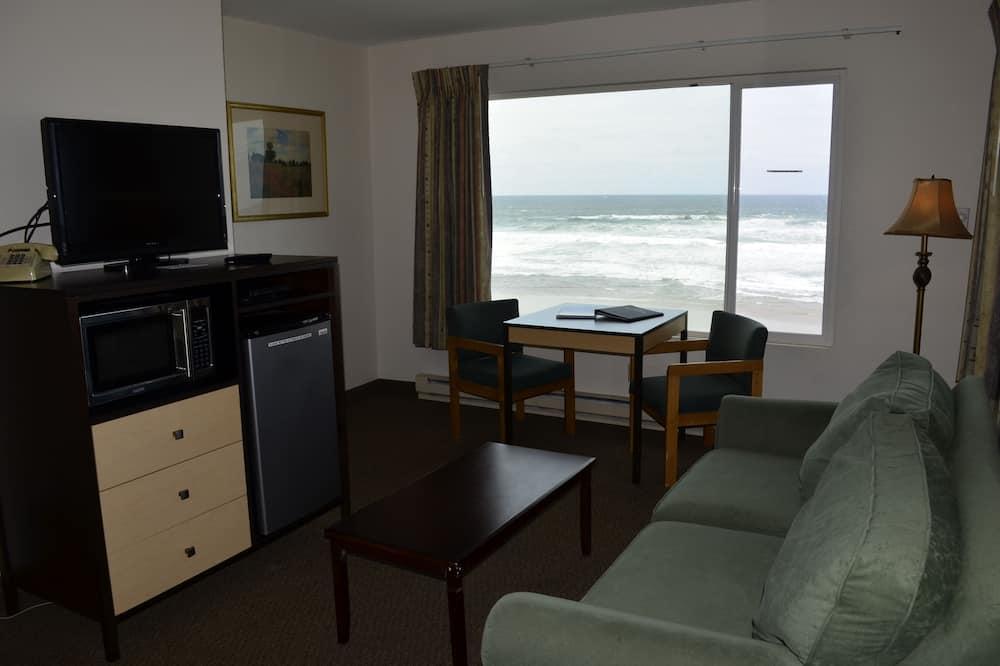 Standard Suite, 1 Bedroom, Oceanfront - Living Room