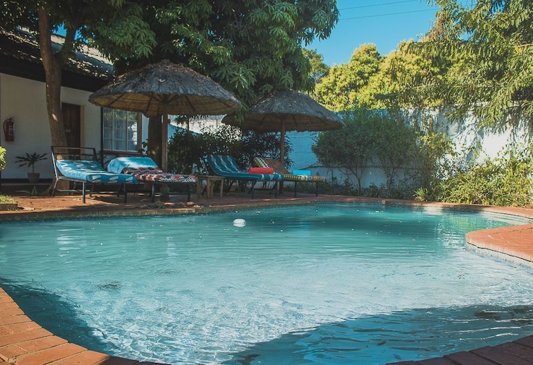 Chanters Lodge, Livingstone, Double Room, Pool View (10), Guest Room View