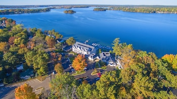 Picture of Bay Pointe Inn in Shelbyville