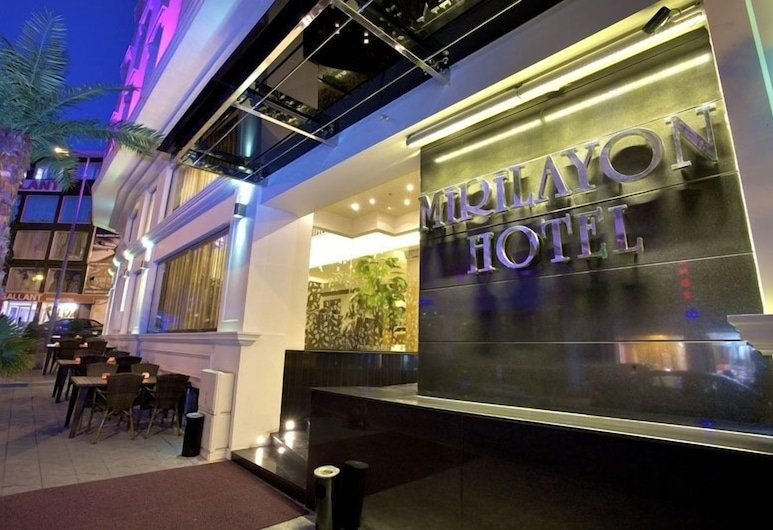 Mirilayon Hotel, Istanbul, Lối vào khách sạn