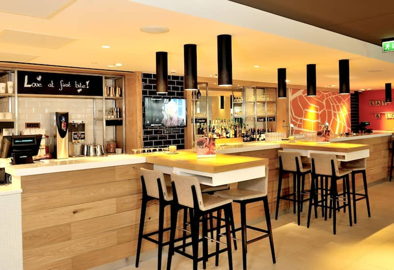 Holiday Inn Express Amsterdam - Arena Towers, Amsterdam, Hotelbar