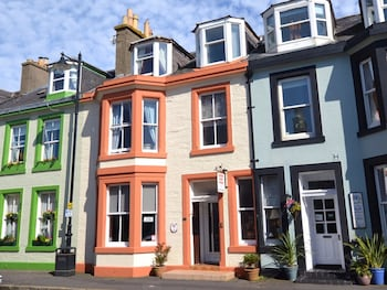 Picture of Queens Guest House in Ayr